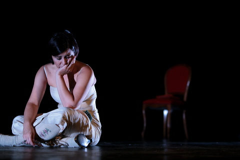 Maruchi-Leon_teatro_en_persona_Espuma_de_Paquita (5)